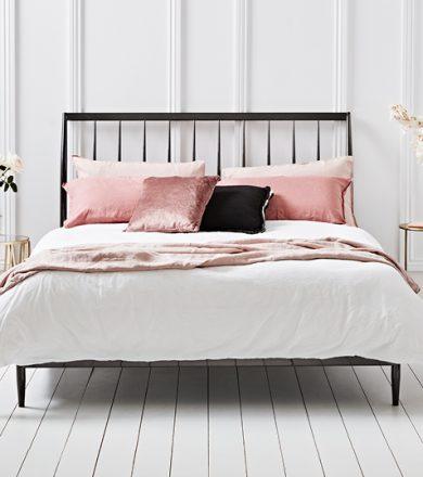 Bedroom Set & Beds